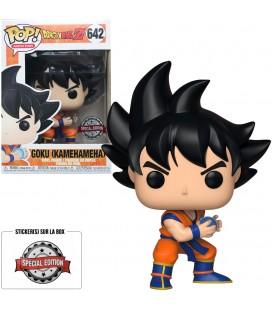 Pop! Goku Kamehameha (Exclusive) [642] & T-Shirt